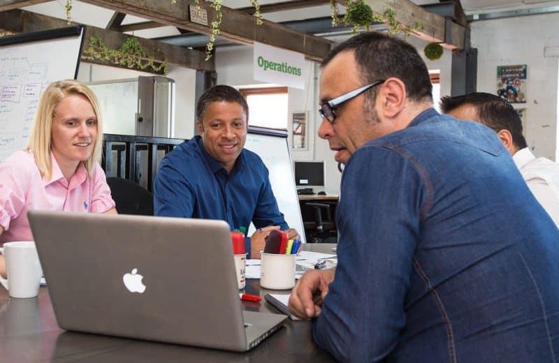 Pourquoi louer un espace de coworking sur Paris quand on est freelance